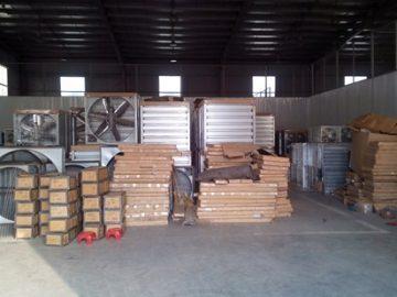 Lắp đặt quạt thông gió vuông cho nhà xưởng
